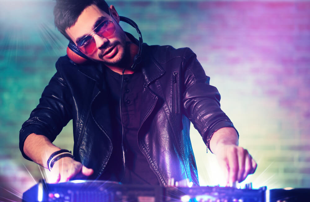 We can provide experienced club DJs who have worked at some of Melbourne's best bars, pubs and clubs. Our music DJ database is extremely diverse and covers all popular genres. Our club DJs can play anything from club remixes to rnb, pop, house and all those funky disco hits from past decades.